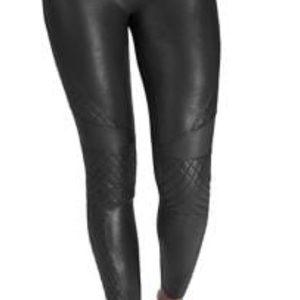 Spanx Medium leather quilted leggings- new